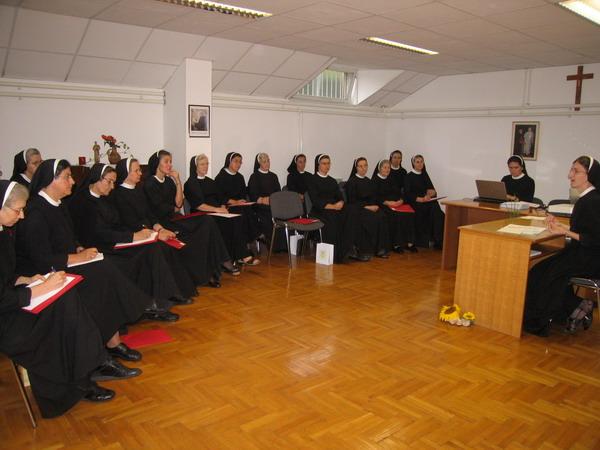 Susret provincijske predstojnice sa kućnim predstojnicama u Zagrebu