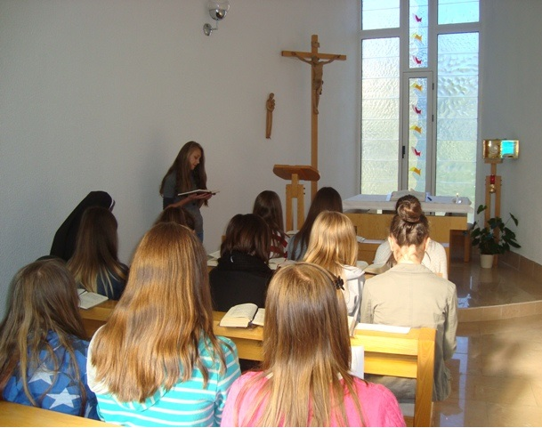 Jajce: Sestre u molitvi s narodom