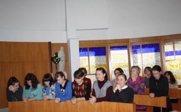 Kloštar Ivanić: Iza samostanskih vrata