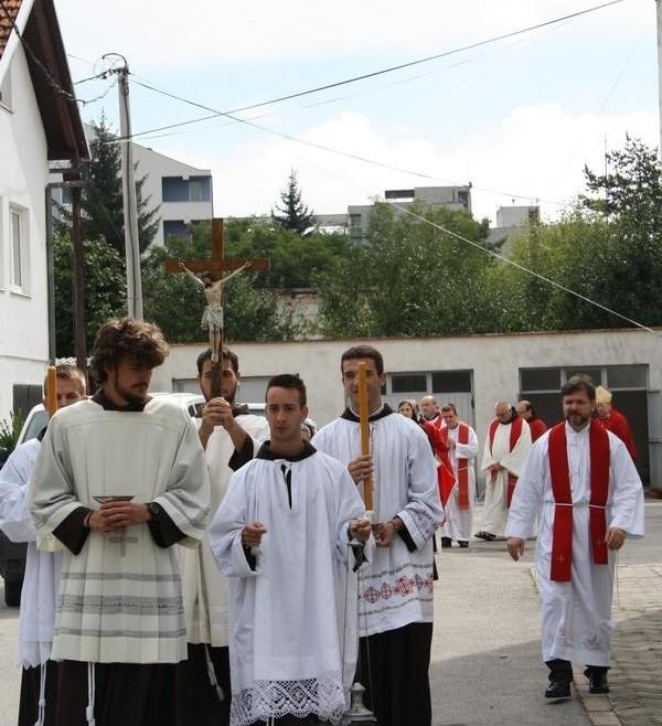 Bugojno: Slavlje redovničkih jubilejȃ i doživotnih zavjeta s. M. Maje Ivković