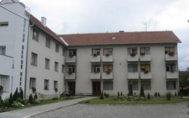 Kloštar Ivanić, sestarska kuća