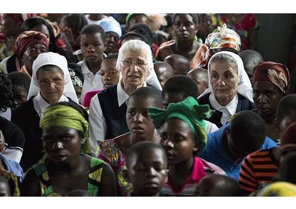 "Dokumentarni film ""Školske sestre franjevke u srcu Afrike"""
