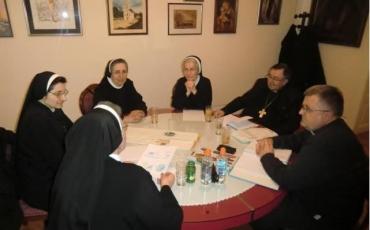 Redovnice započele s izradom liturgijskog ruha za Papin dolazak