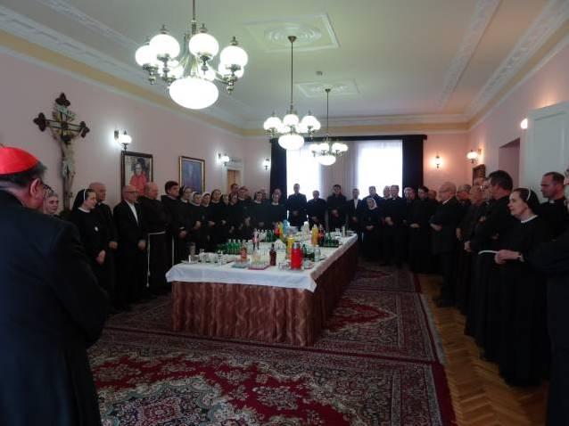 Uskrsna čestitka provincijske predstojnice s. Kate Karadža kardinalu Vinku Puljiću
