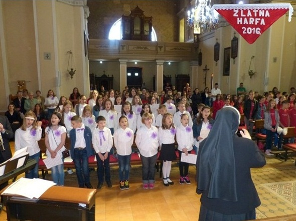 Fojnica: Susret dječjih zborova Zlatna harfa