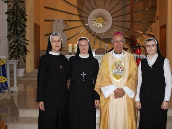 Sestra Adriana Galić primila misijski križ