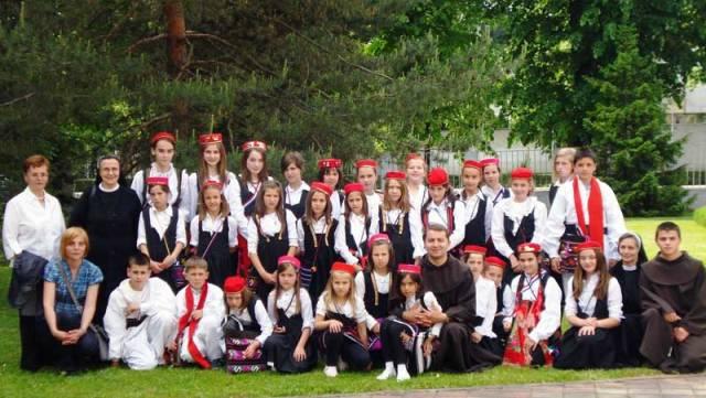 """""""Zlatna harfa"""" – susret dječjih zborova iz župa Banjolučke biskupije"""
