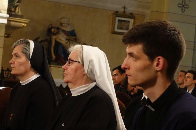 Molitveno bdijenje za svećenička i redovnička zvanja