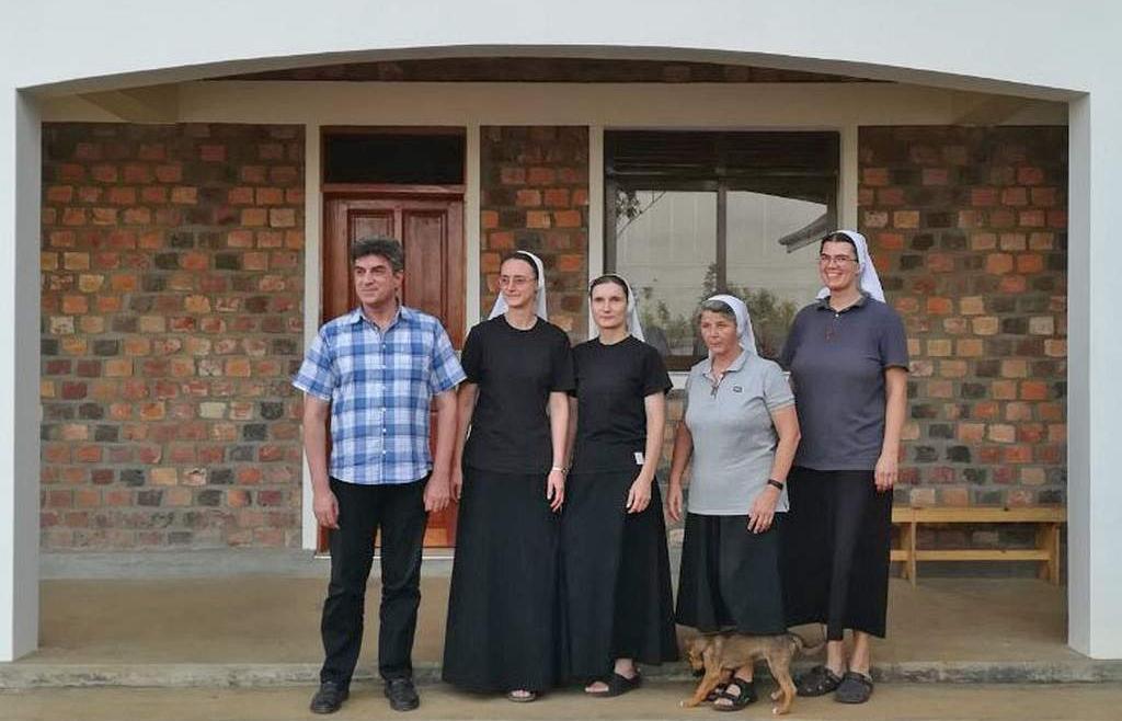 Posjet provincijala Bosne Srebrene našim sestrama u Ugandi